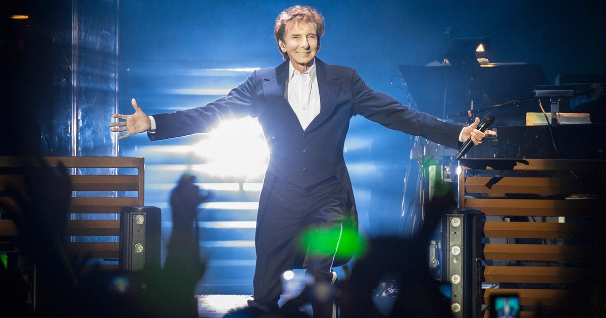 Barry Manilow Talks Fan Reaction After Coming Out as Gay - RollingStone.com