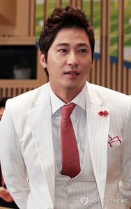 Korean actor Kang Ji-hwan