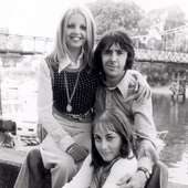 Sally Thomsett Pics - Sally Thomsett Photo Gallery - 2013 - Magazine