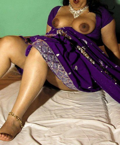 Desi Homemade Very Hot And Wet Desi Wife Sucking N Fucking Homemade