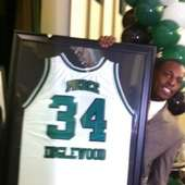 Paul Pierce's High School Jersey Retired : Jocks And Stiletto Jill
