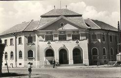 Kenderes: Tanácsháza