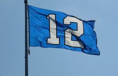 Home association frowns on Seahawks 12th man flag | 790 KGMI