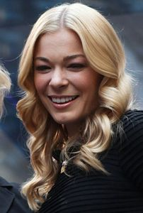 LeAnn Rimes Trying to Irk Brandi Glanville by Wearing Tiny Shorts to