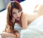 Asian Girls Gallery: Naked Lei Ke Ni in Sexy Poses on White Bed  12
