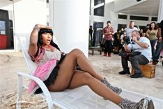 Nicki Minaj Loungin