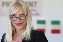 ROMA Ilona Staller, conosciuta meglio come Cicciolina, torna ad una