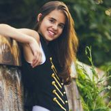 Carly rose sonenclar!
