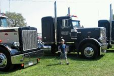 8yr old Peterbilt expert | Sweet Big Trucks