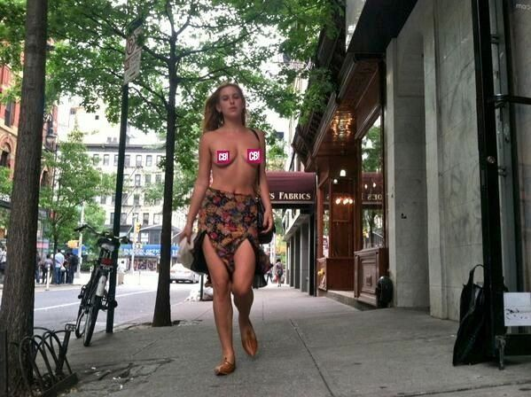 Scout Willis Goes Topless In New York To Protest Instagram S Nudity Policy