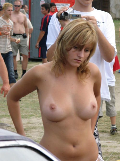 Amateurs Candid Topless And Nude Beach Videos 1112