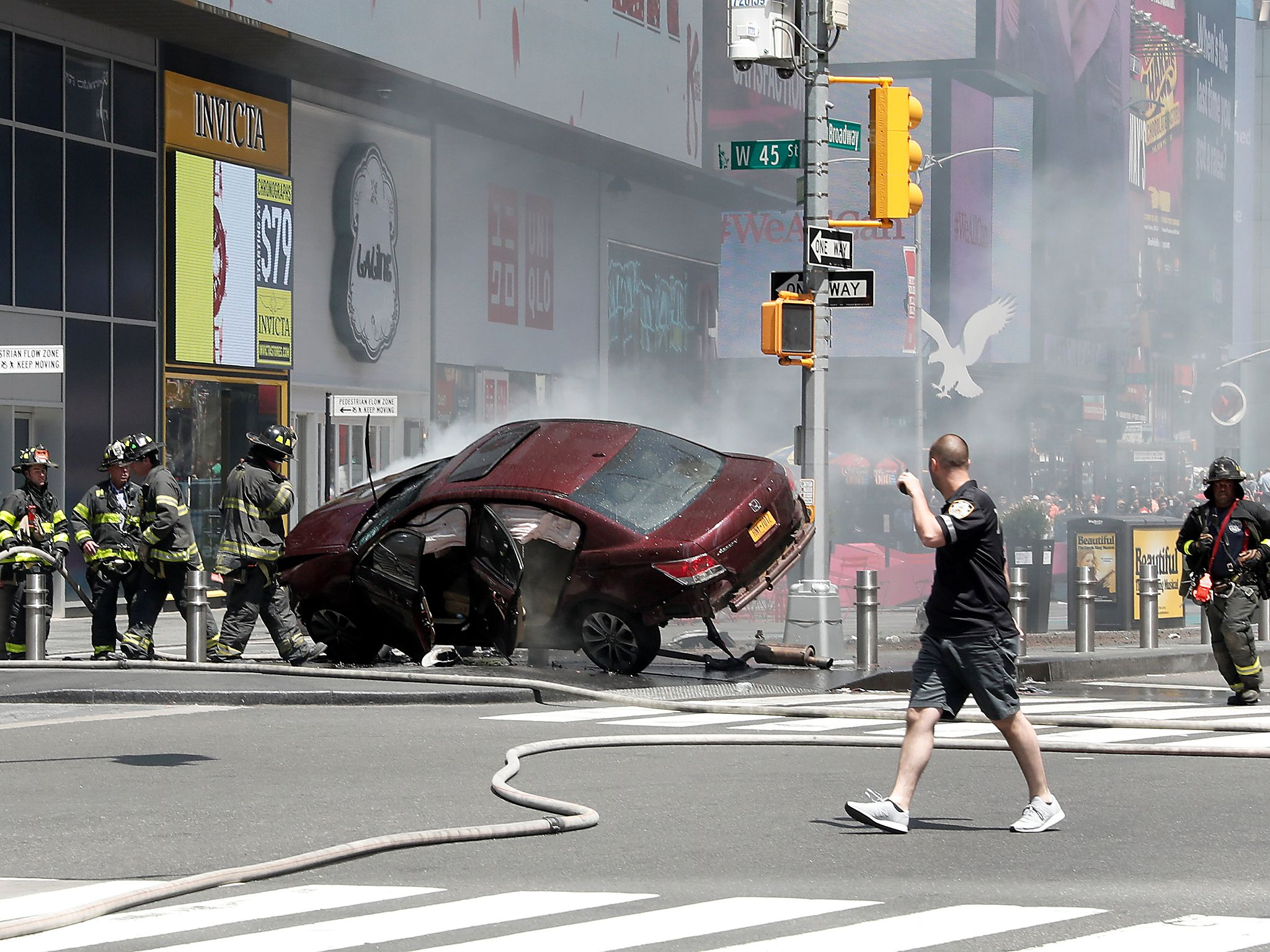 Times Square crash: Driver who ploughed into crowd of pedestrians in New York 'wanted to kill them all'
