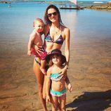 Displaying 19> Images For  Sadie Robertson In Bikini