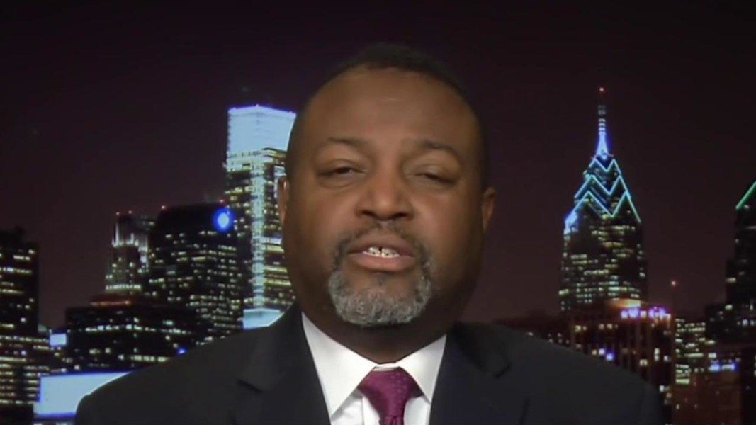 Malcolm Nance: Trump aides 'need to start...