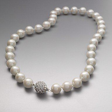 Pearl Necklaces Xxx