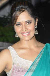 free movies download anchor anasuya y in blue saree anchor anasuya