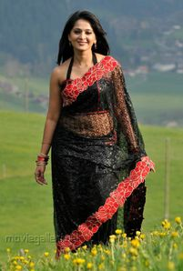 Anushka Shetty Nude Back In Black Saree | Pelauts Com