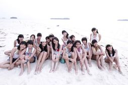 "JKT48 melaunching MV ""Heavy Rotation"" 