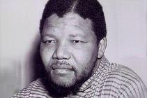 BBC  Newsbeat  Mandela death: Nelson Mandela's life in pictures