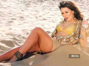 Hot-and-sexy-photos-of-Mahima-Chaudhary jpg