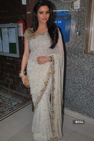 Sanjeeda Shikkh Neked F