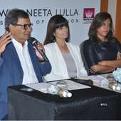 Neeta Lulla, Subhash Ghai And Meghna Ghai Puri Pose For The Flashbulbs 14