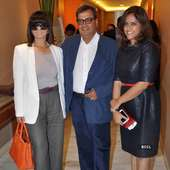 Neeta Lulla, Subhash Ghai And Meghna Ghai Puri Pose For The Flashbulbs 17