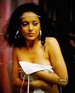 Kangana Ranaut was allegedly shot in the nude for a bathroom scene in