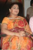 Old Time Sex Bomb Kushboo in Pictures now as Aunty Image 8