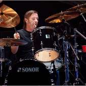 Phil Rudd Pictures | Famous Drummers