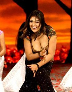 505027 f520 South Indian Actress Nayantara Nip Slip Picture