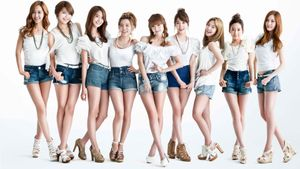 From High School Girls to Definitive Women | SNSD Korean