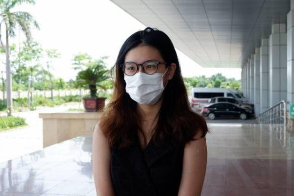 Thời điểm đó, L. chỉ cảm thấy hơi đau họng nhưng cho rằng do thay đổi thời tiết khi di chuyển từ Mỹ về Việt Nam.