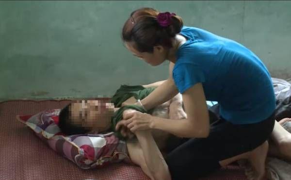 Chị Tâm làm nghề phụ hồ, bén duyên với anh Nguyễn Văn Huy (SN 1983) khi họ cùng đi phụ hồ trên thành phố.