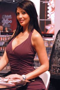 File:Yasmine Lafitte at AVN Adult Entertainment Expo 2009 jpg