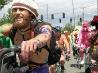 File:Fremont naked cyclists 2007  16 jpg  Wikimedia Commons
