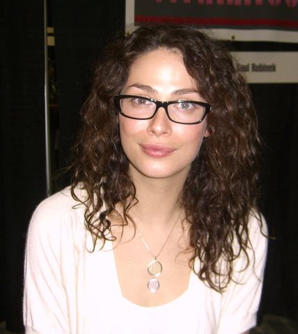 Joanne Kelly, Plastic Surgery