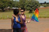 File:Lésbicas caminhando com bandeira lgbt.jpg  Wikimedia Commons