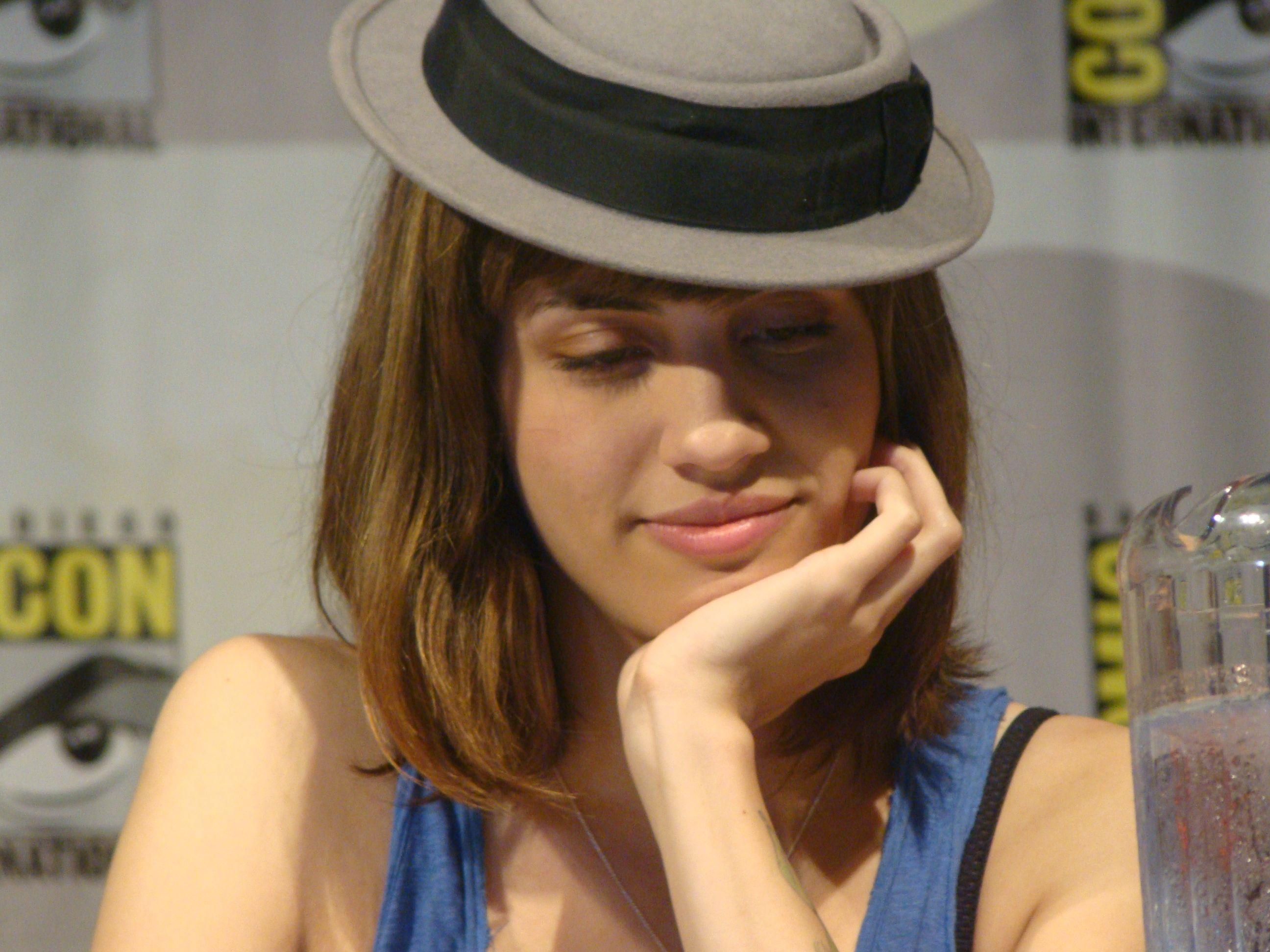 Natalie Morales Actress