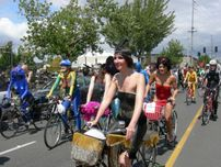File:Fremont naked cyclists 2007  39 jpg  Wikimedia Commons