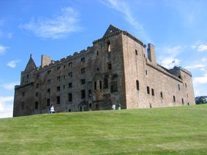 File:Am linlithgow palace north west jpg - Wikipedia, the free