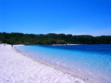 File:Fraser Island a05 lake mckenzie jpg  Wikipedia, the free