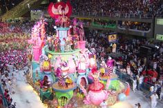 Description Samba school parades 2004 jpg