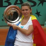 File:Simona Halep as Roland Garros Junior Championships 2008 cropped