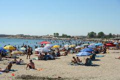 File:Cap d'Agde  Plage Richelieu02 jpg  Wikimedia Commons