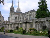 Cath�drale SaintCorentin de Quimper 2005 10 jpg  Wikimedia Commons