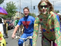 Bestand:Fremont naked cyclists 2007  14 jpg  Wikipedia