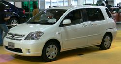 File:2006 Toyota Raum 01 jpg  Wikipedia, the free encyclopedia