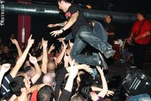 Bestand:The Adolescents stagediving jpg  Wikipedia