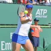File:Sabine Lisicki 2012.jpg - Wikipedia, The Free Encyclopedia